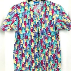 Crest Size XS With Cats Snap Up Scrub Top